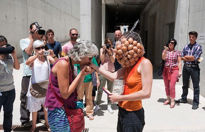 05Matey-101yningunomas6-JuanMarquez-CABEZABAJO - Museo de la Memoria/Granada/Festival Cabezaabajo/Foto Juan Marquez